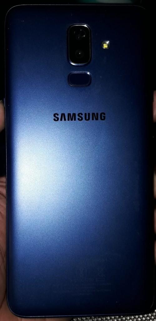 Samsung Galaxy J8.