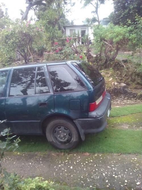 Suzuki swift 1995 std.
