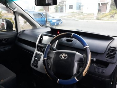 2011 Toyota Voxy – 1.89m Negotiable