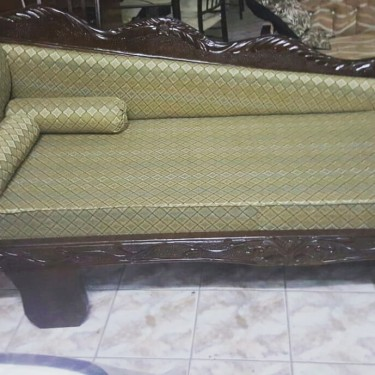 Beautiful Love Seat For Sale