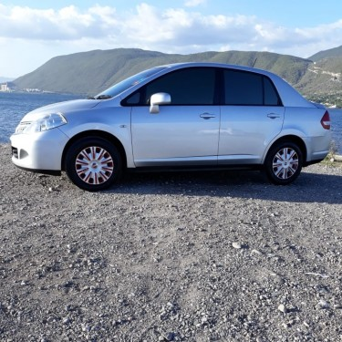 Sweet 2012 Nissan Tiida Sedan Car For Sale Cars Half Way Tree