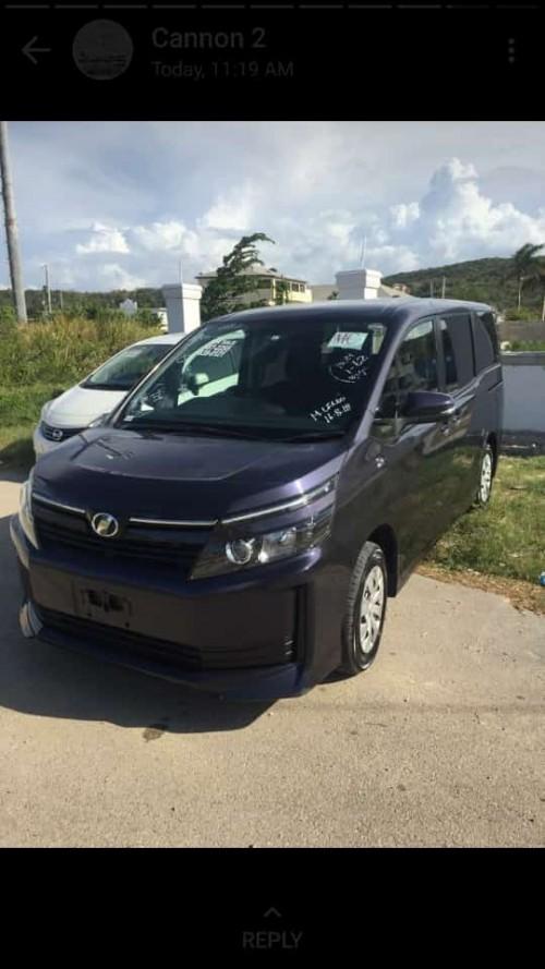 2014 Toyota voxy