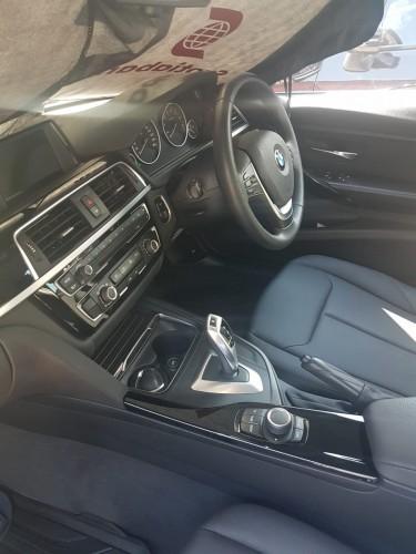 2017 BMW 3 Series 318i
