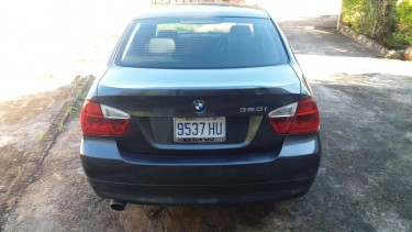 2006 BMW 320i $1.175 Million Negotiable!