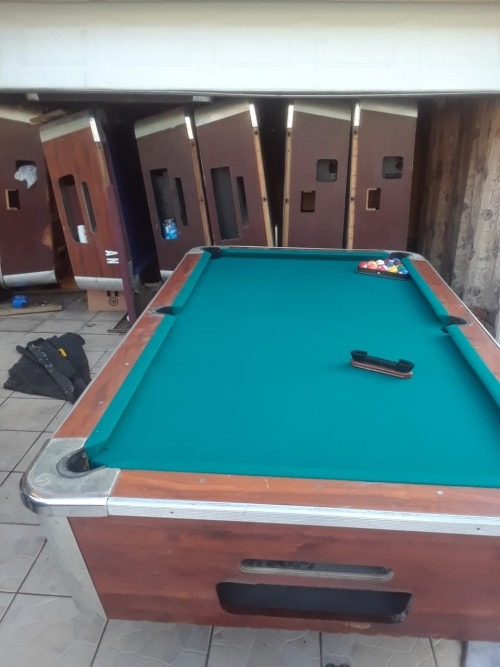 Pool table for sale in good condition
