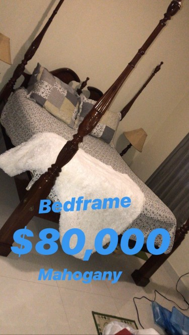Bed Frame - Queen Mahogany