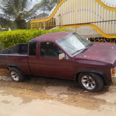 1993 Nissan Space Cab Pickup