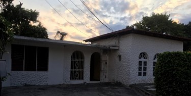 Part Of A House 2 Bedroom - Unfurnished