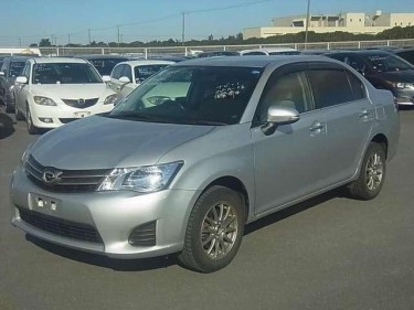 Toyota Corolla AXIO G 2013 NEWLY IMPORTED FOR SALE
