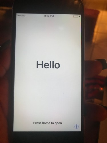 IPhone 6, 16GB Unlocked (No Faults)