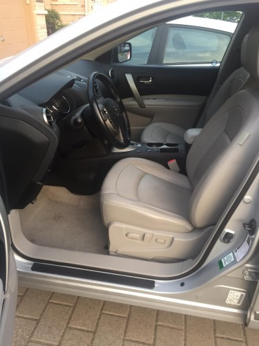2012 Nissan Rogue LHD SUV  $990k Negotiable!