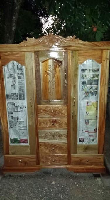 2 Mirror Waldrobe And Other Appliances