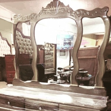 Elegant Blue Mahoe  Dressing Table For Sale