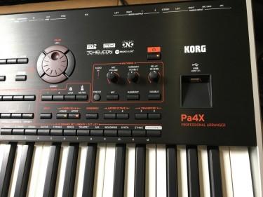 Korg PA-4X 76 Key Oriental Arranger Keyboard PA4X