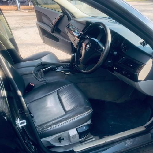2006 BMW 525i