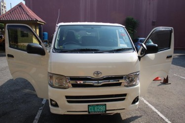 2011 Toyota Hiace (Good Working Bus) Vans & SUVs Constant Spring