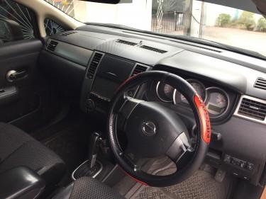 2010 Nissan Tiida H/B- $700,000 NEG!