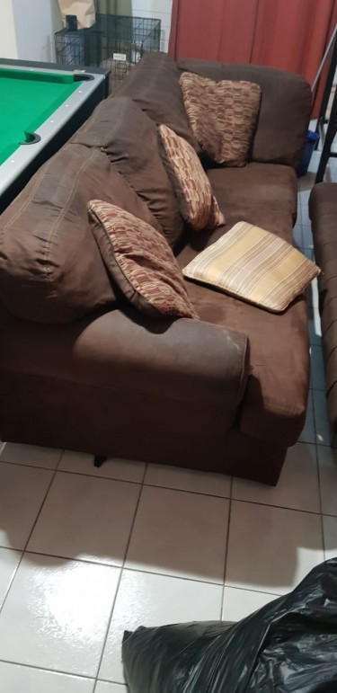 Suede 3seat Settee