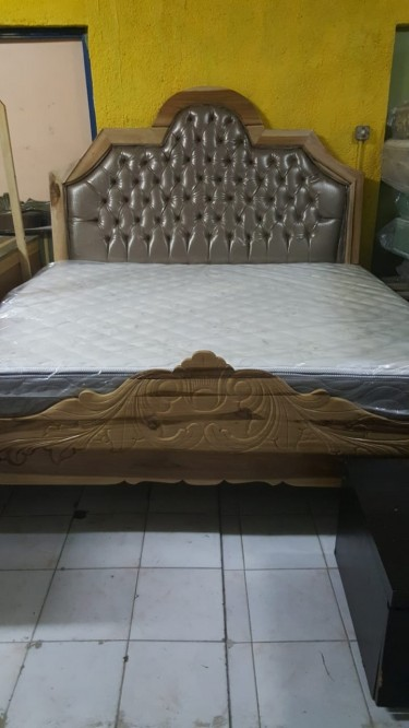 Beautiful Queen Size Bed Frames For Sale