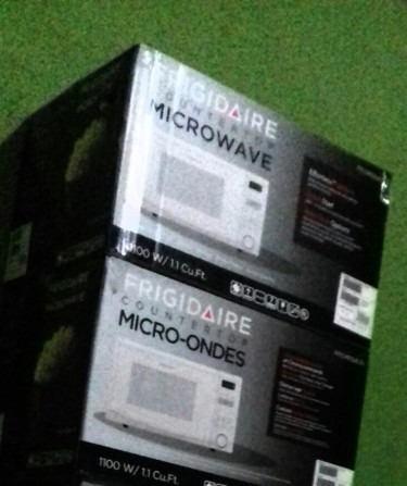 0.9 Cubic Foot Microwave Oven For Sale