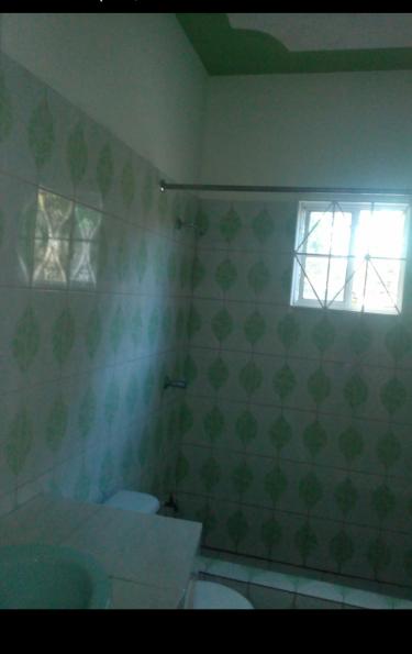 1 Bedroom,Bathroom,Kitchen & Dinning.Single Female
