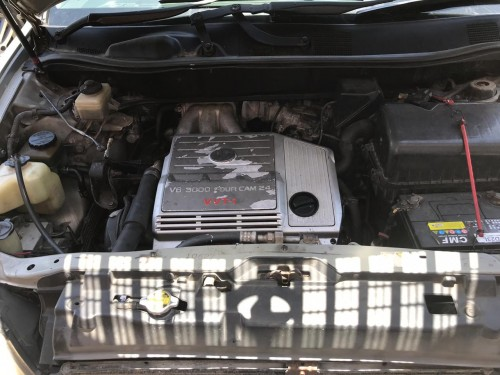 1998 TOYOTA HARRIER 560K NEG