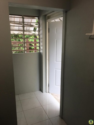 Small 1 Bedroom Self-contained (Own Entrance)
