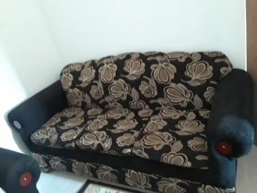 Black And Gold 3pcs Sofa