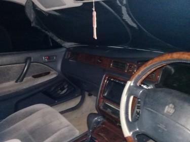 Toyota Crown Royal Saloon G