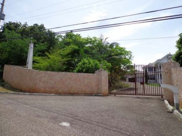 5 BEDROOM 6 BATH HOUSE FOR SALE