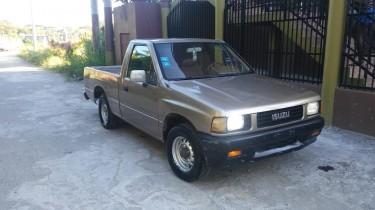 1989 Isuzu Van
