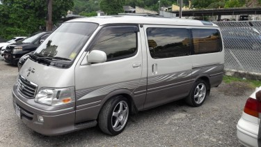 2003 Toyota Hiace Super Custom