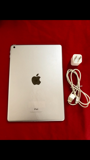 IPad 5th Gen -32gb