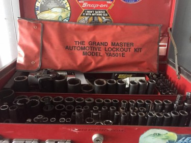Container Tire Garage/tools