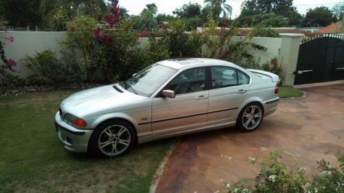 BMW 325i 2000