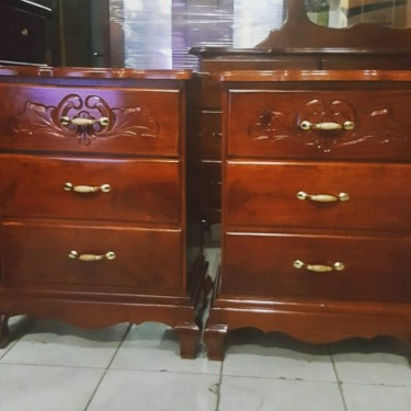 Beautiful Pair Of Night Tables   For Sale