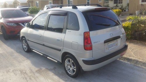 2004 HYUNDAI MSTRIX 320K ONE ONWER