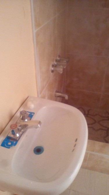 1 Bedroom Flat With Own Bathroom And Kitchen