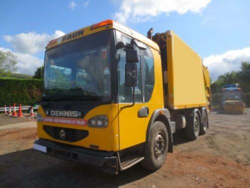 Dennis Elite Garbage Truck  (rear Loading)