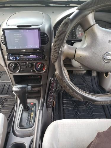 2003 Nissan Sunny