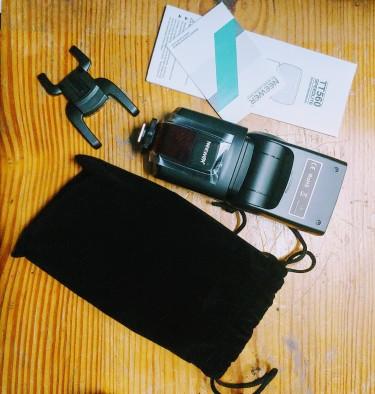 Camera Flash   Canon, Nikon, Sony, Fuji, Panasonic
