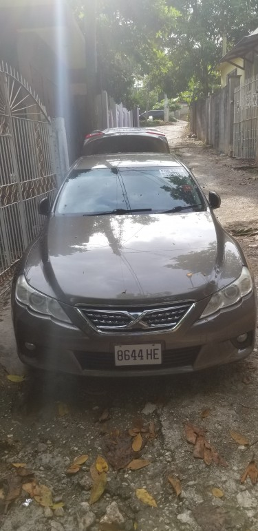 2011 Toyota Mark X