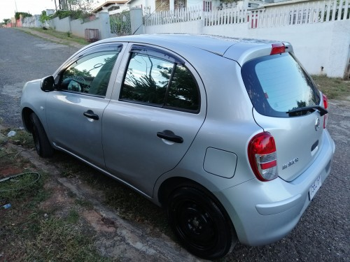 Nissan March 2013
