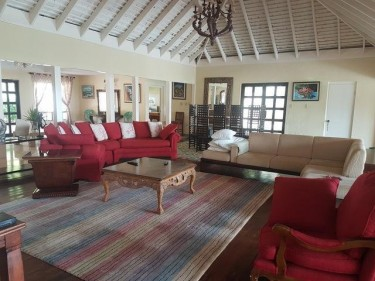 7 BEDROOM 7 BATH HOUSE FOR SALE
