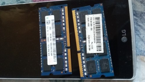 DDR3 MEMORY 4GIG EACH