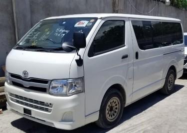 2013 Toyota Hiace GL