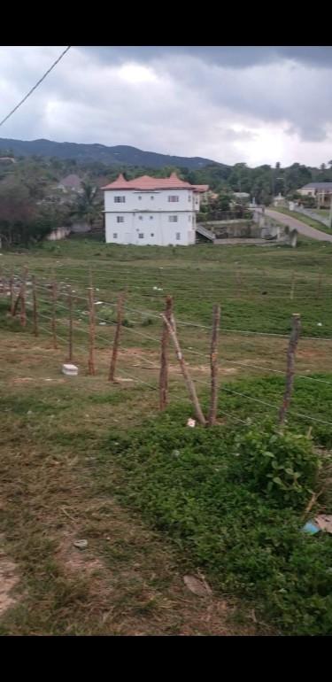 Land For Sale, 1179.87 Square Meters Santa Cruz