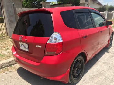 2006 Honda Fit $585k Negotiable!