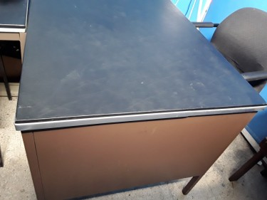 FILLING CABINET & OFFICE DESK(WITH 3DRAW)