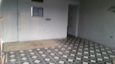 Large Shop For Office Use